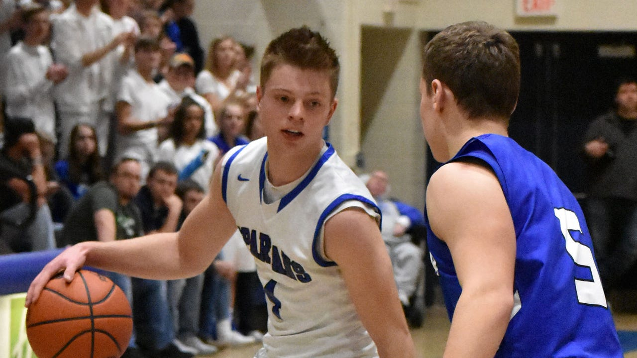 Check out these highlight-worthy plays from McConnellsburg's first-round loss in the PIAA Class 2A boys basketball playoffs.