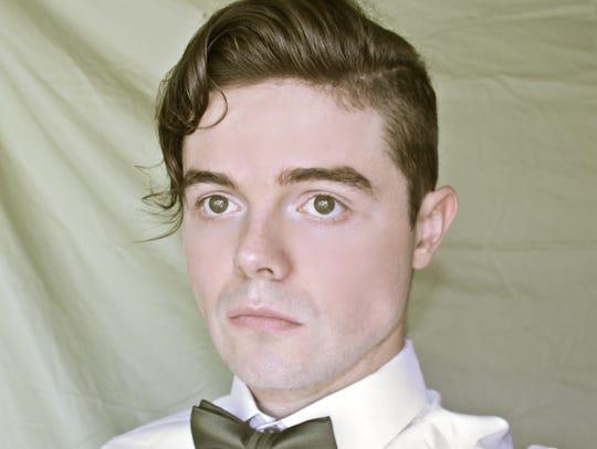 Von Smith, singer.