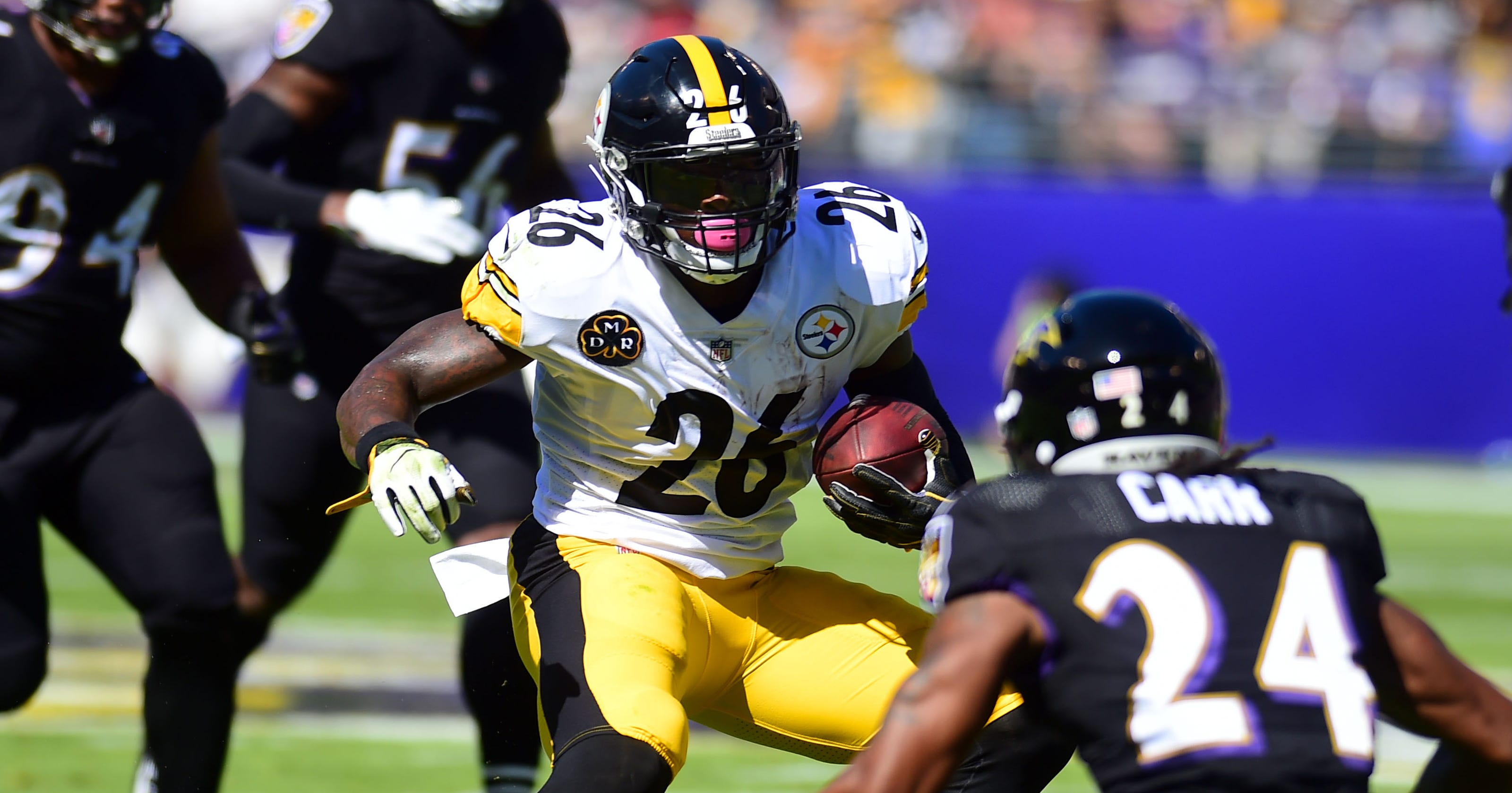 0164b761dc8 Le Veon Bell s resurgence catapults Pittsburgh Steelers by Ravens 26-9
