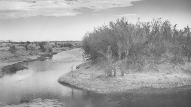 Horsehead Crossing on the Pecos River was where the Comanche Trail crossed from Llano Estacado to Mexico. In 1850 John Bartlett was surveying the Mexican Boundary, found the crossing marked by skulls of horses and gave it the name of Horse Head.