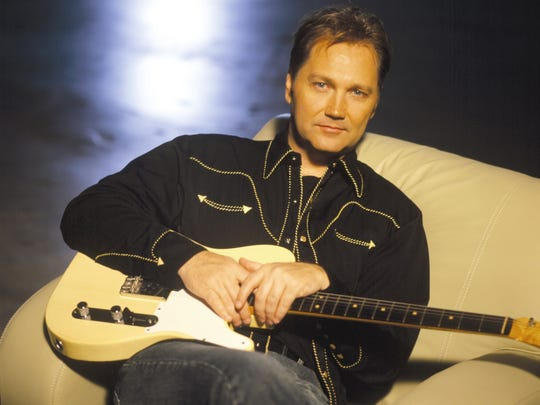 """Steve Wariner won two Country Music Association awards for 1998 single """"Holes in the Floor of Heaven."""""""