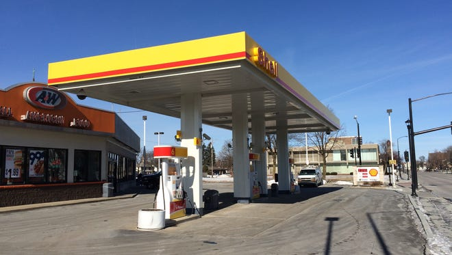 The Downtown Shell, which is near a preschool and elementary school, wants to sell alcohol.