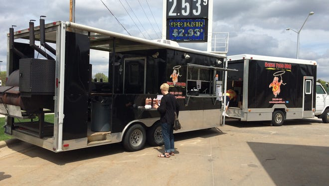 Hawg Tyed BBQ is a food truck based in Appleton that participates in the Fox Valley Food Truck Rally.