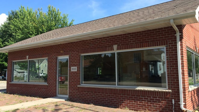 Former ice cream shop at 905 Plank Road in Menasha will become an American Family Insurance office.