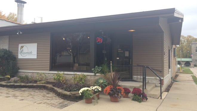 Riverside Florist & Greenhouses operated across the street from Riverside Cemetery until October 2015.