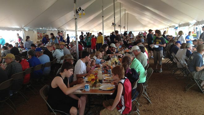 The 38th annual Portage County June Dairy Brunch and Open Farm will be held on June 17, 2017  at Zoromski Family Farm in Custer.