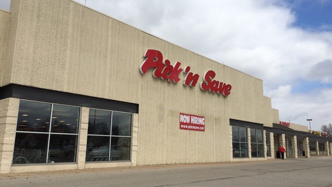 Pick 'n Save on Maes Avenue in Kimberly, closed in 2016.