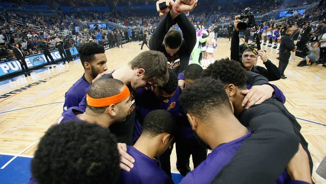 The Phoenix Suns have their worst record after 21 games in 20 years.