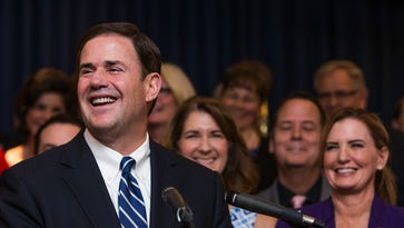 Economists: Arizona's fortunes are growing, but Ducey's teacher pay plan on shaky ground