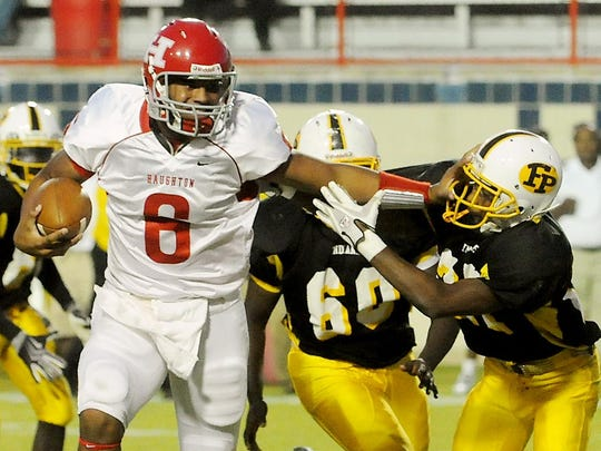Haughton's Dak Prescott (6) was a sophomore when the