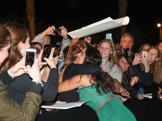 Salma Hayak with fans at the Palm Springs International Film Festival Awards Gala in Palm Springs, January 2, 2018.