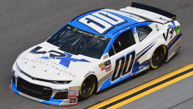 When Jeffrey Earnhardt starts this weekend, it will be the 40th consecutive year an Earnhardt will start in the Daytona 500.