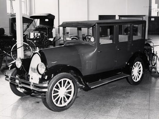 The 1925 Franklin automobile.