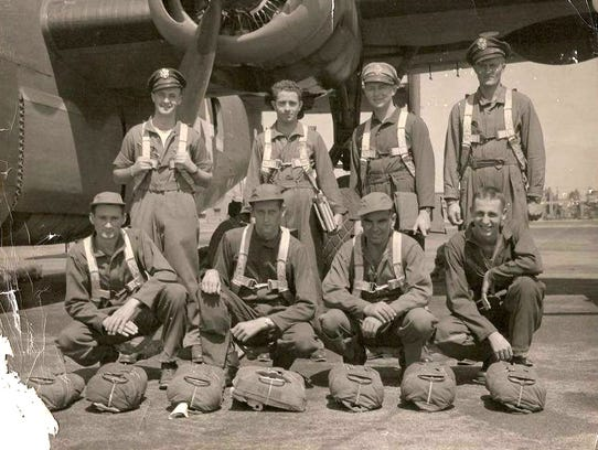"The crew of the B-24J ""Miss Bee Haven"" 42-72982 pose"