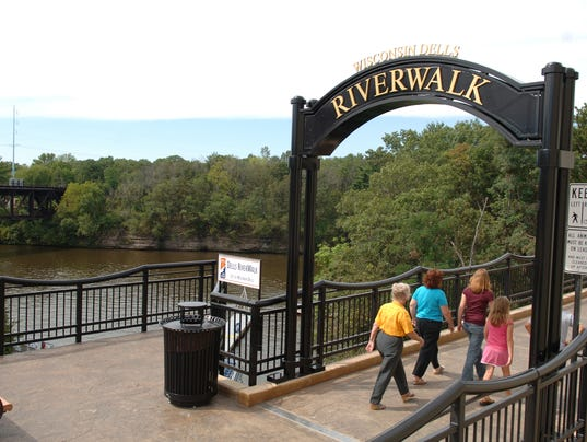wisconsin dells guys Wisconsin dells is the water park capital of the world but there's more than water parks in  guys getaways  beyond the water parks: what made wisconsin dells .