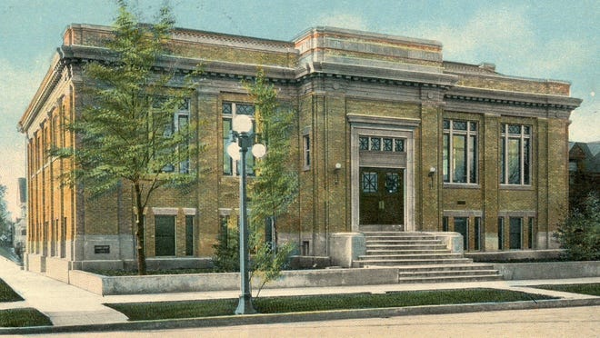 The Salem Public Library was at State and Winter streets from 1912-72.