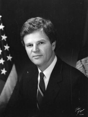Former Louisiana Gov. Buddy Roemer in his official state portrait.
