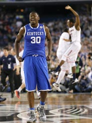 AP_NCAA_Kentucky_UConn_Final_Four_Basketball.2