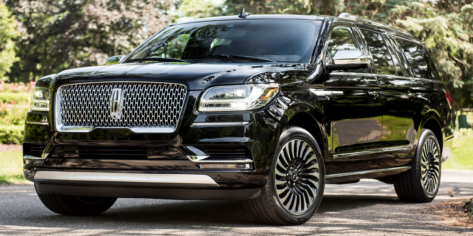 Review Lincoln Navigator Upgrades Image With Black Label