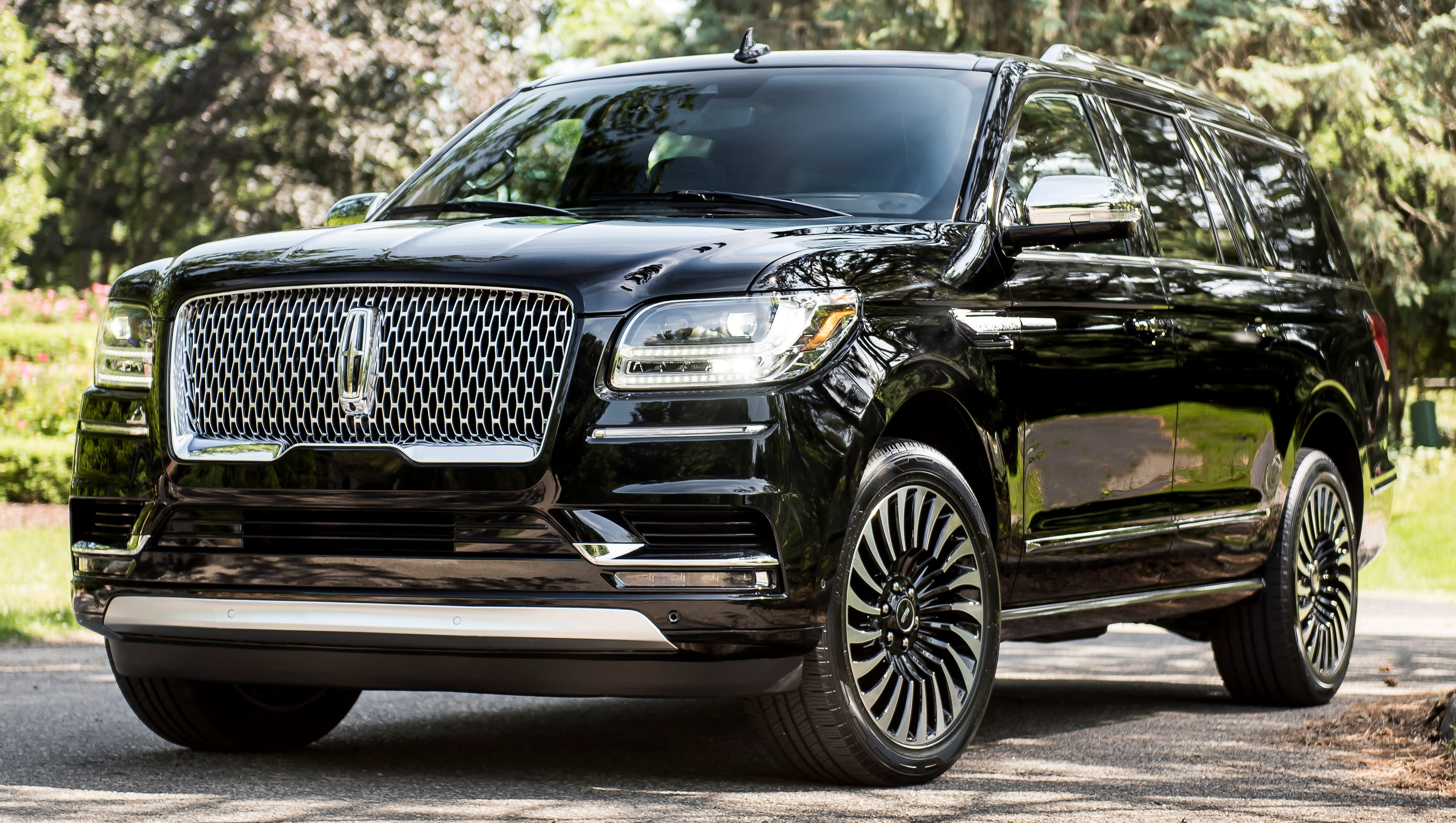 Lincoln Black Label >> Review: Lincoln Navigator upgrades image with Black Label