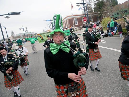 Tacoma Scots Pipe Band piper Bruce Johnston, of Puyallup,