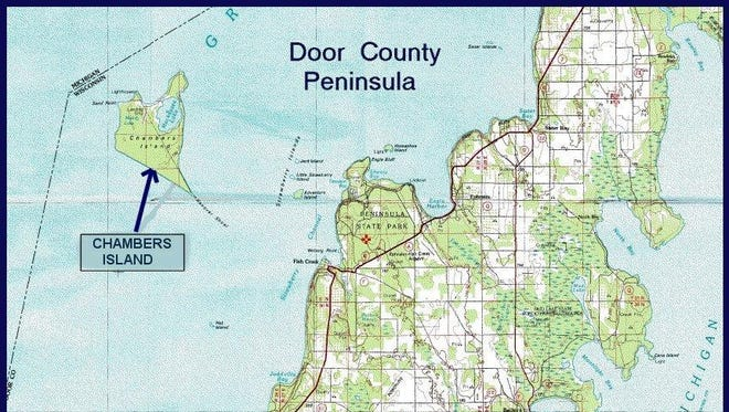 Map showing Chambers Island, west of the Door County Peninsula.