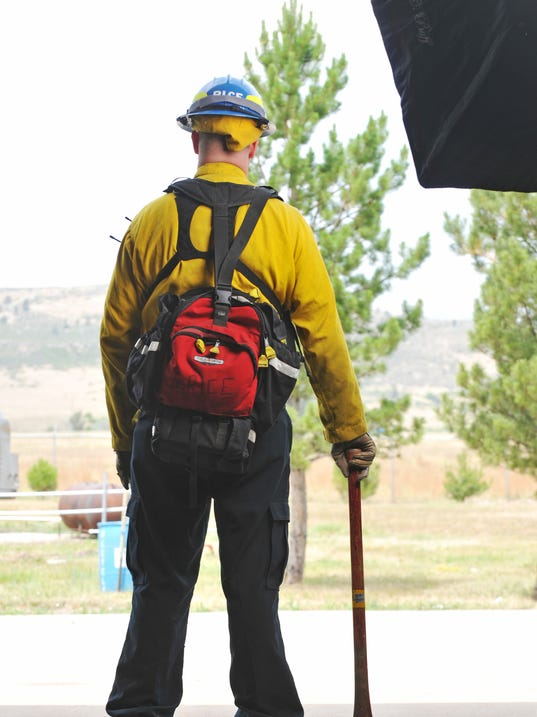 -FTC0630-gg science of wildland firefighting Back 1.jpg_20120628.jpg