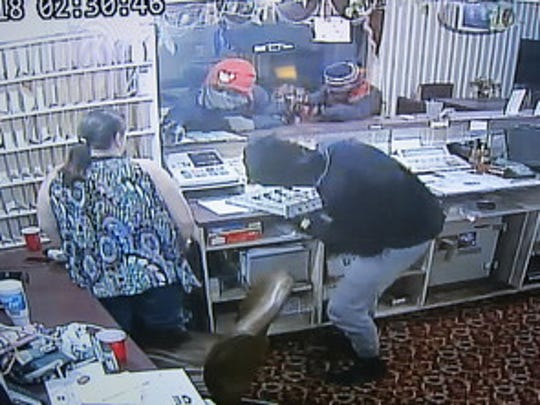 Robbers hold up a Speedway  convenience story in Clermont early Thursday.