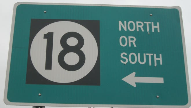 Traffic signal improvements project that will require shoulder and lane closures on Route 18 in Middlesex County.