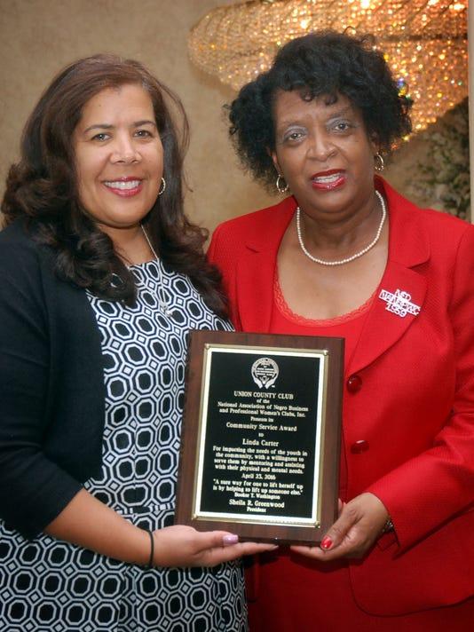Community-Service-Award-for-Linda-Carter.jpg