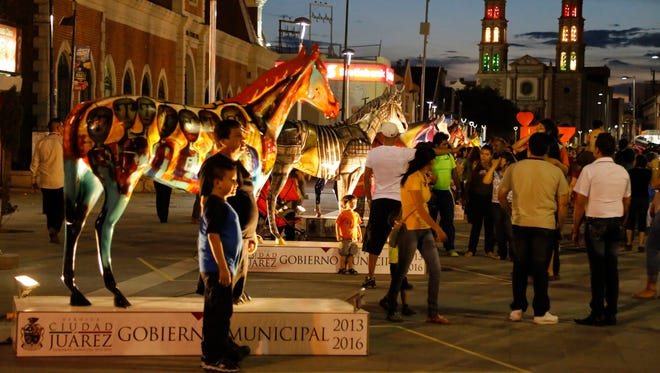 Twenty Juárez artists were commissioned by the Juárez municipal government to create 20 works of art on horses earlier this year.