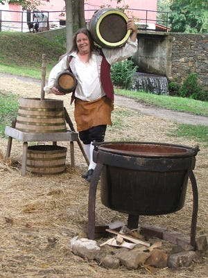 Rich Wagner, a beer historian and re-enactor.