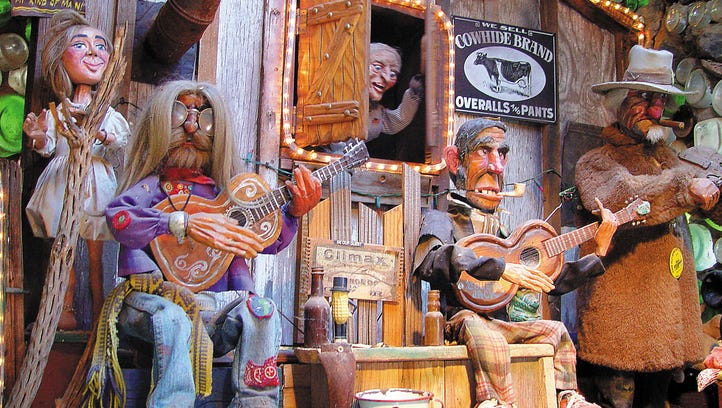 New Mexico: Tinkertown Museum, Sandia Park: The Tinkertown