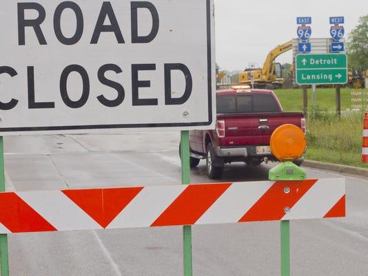 D-19 I-96 closure_01