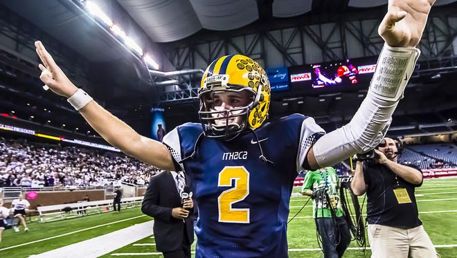 Ithaca graduate Travis Smith announced on his Twitter account Saturday that he was transferring to Eastern Michigan.
