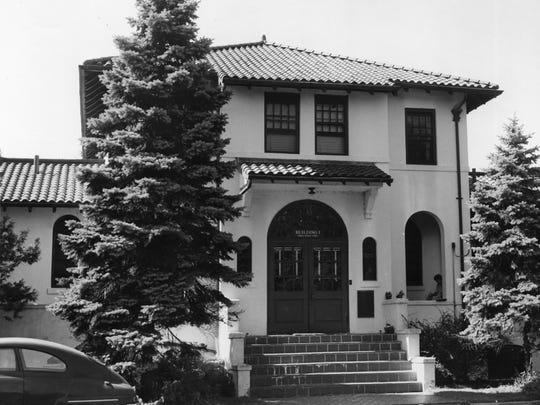 Original Bergen Pines building in 1960.