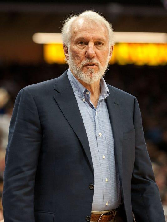 USP NBA: SAN ANTONIO SPURS AT SACRAMENTO KINGS S BKN USA CA