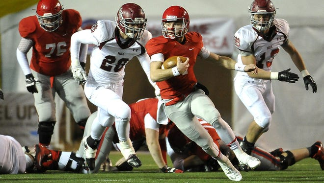 Brentwood Academy quarterback Jeremiah Oatsvall is an Austin Peay signee.