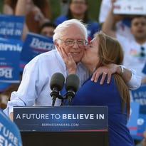 Bernie Sanders coming to Detroit to deliver opening-night speech at Women's Convention