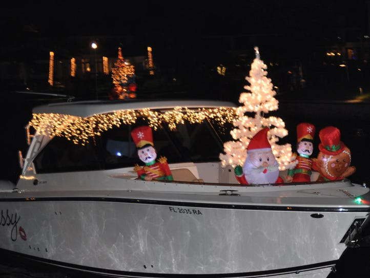 Guests enjoyed their time at the Holiday Boat Parade.