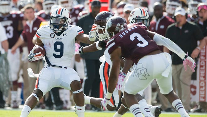 Auburn running back Roc Thomas had his first meaningful carries of the season against Mississippi State.