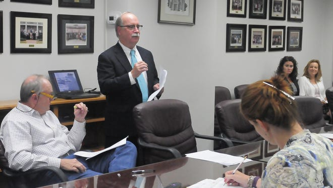 Wednesday night J. Thomas Trent Jr., a real estate attorney specializing in incremental incentive programs, broke down the project for members of the property committee and took questions.