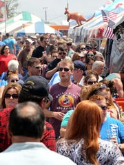 Rock'n Ribs will get the party started Friday evening with food, beer trucks and more.
