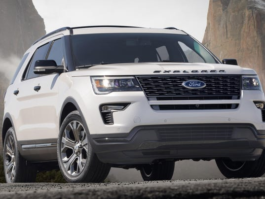 18-Ford-Explorer-Sport_HR_01 (1)