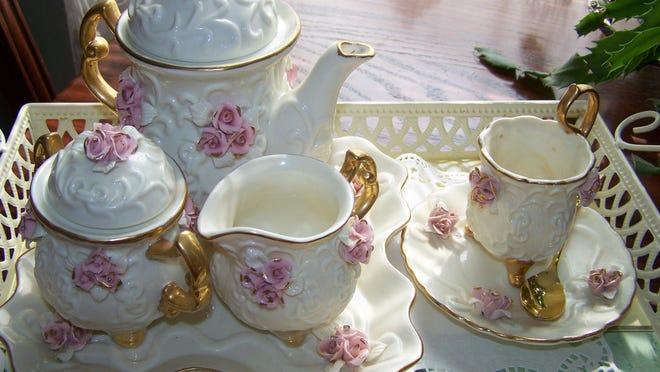 My granddaughter's tea set.