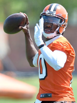 New Browns QB Robert Griffin III has struggled with injuries and inconsistency since being offensive rookie of the year in 2012.