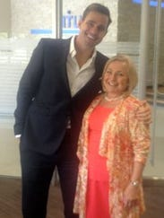 042713 bill rancic and rhonda abrams