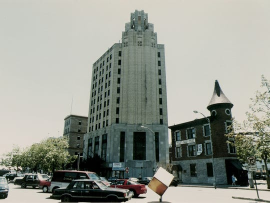 The bank building at 663 Main Avenue in Passaic where