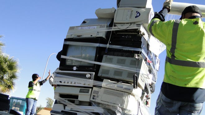 This year the South Central Solid Waste Authority is expecting another big turnout for the annual electronics recycling event on Saturday, Nov. 14, at the County Government Center, 845 N. Motel Blvd.
