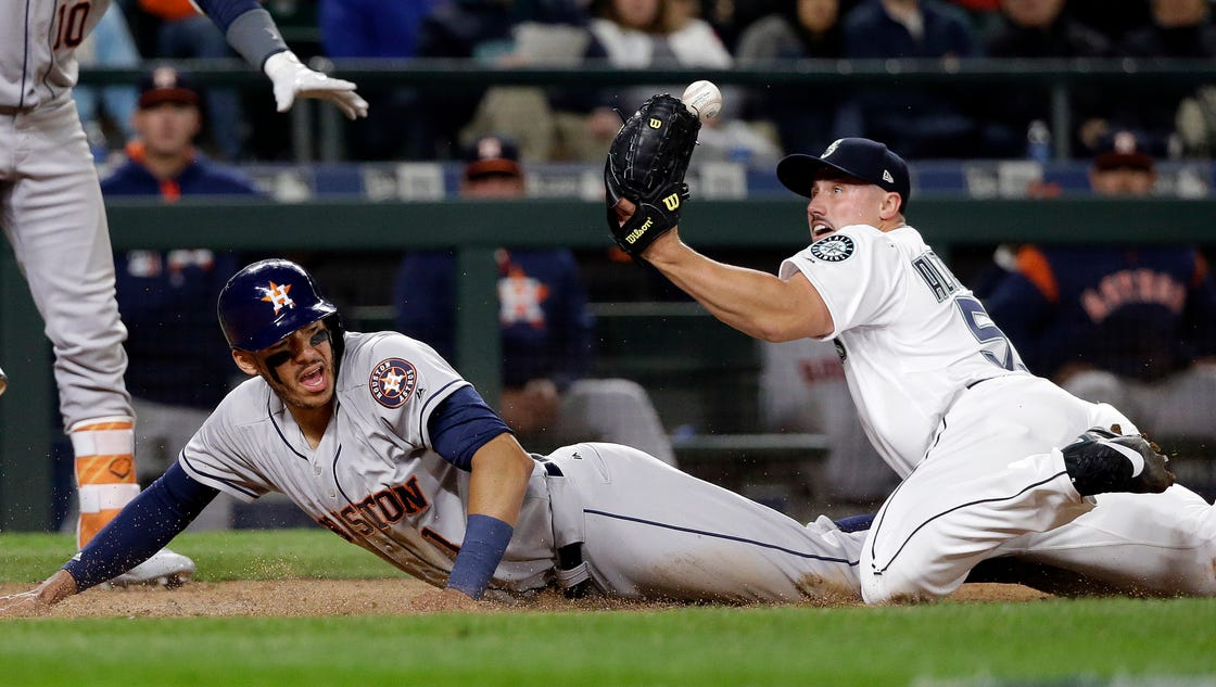 Mariners blow early five-run lead, drop to 2-8